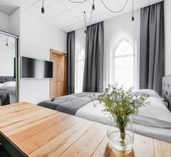 Piano Apartments 1