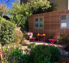 Camden Town Garden Cabin 1