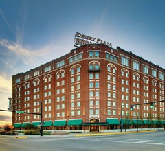 Drury Plaza Hotel Broadview Wichita 1