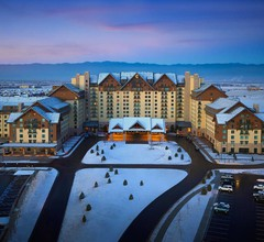 Gaylord Rockies Resort & Convention Center 2
