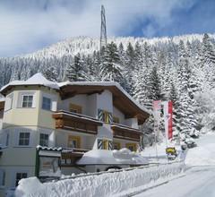 Arlen Lodge Hotel 1