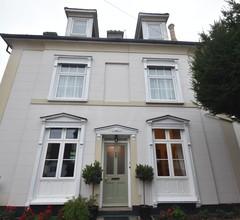 Gordon House 1