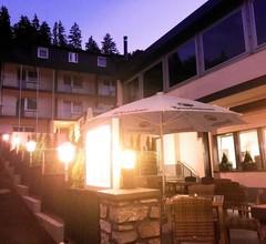 Louis Hotels 1