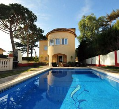Suitur Casa con piscina y vistas al mar 2