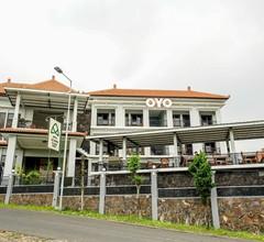 OYO 309 Avila Ketapan Rame Hotel 1