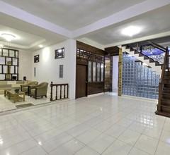 Riverside Hostel Padang 2