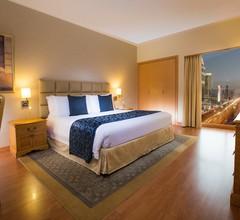 Crowne Plaza Dubai Apartments 1