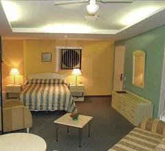 Monkey House Suites 1