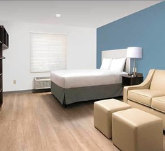 WoodSpring Suites Miramar 1