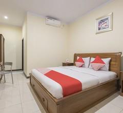 OYO 824 Makassar Guest House 1
