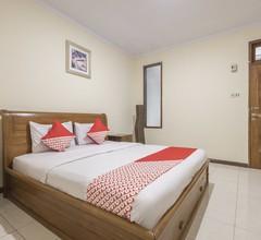 OYO 824 Makassar Guest House 2