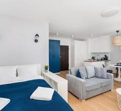 Warsaw Spire Bright Apartment 1