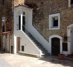 Antica Casa in Pietra 1