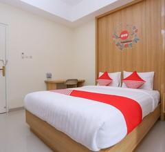 OYO 999 Garuda Guesthouse 2