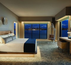 Seaside Hotel North Vancouver 2