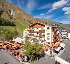 Samnaunerhof Vital-Hotel 1