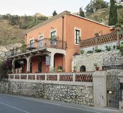 Villa degli Ulivi 1