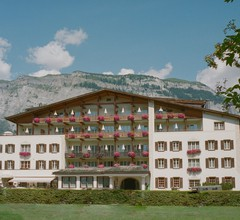 Hotel Adula 2