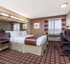 Microtel Inn & Suites by Wyndham Timmins 2