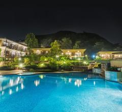 The Upper Deck Resort 1
