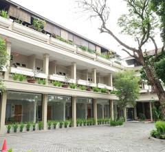 Hotel Catur 1