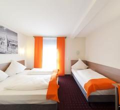McDreams Hotel Wuppertal City 2
