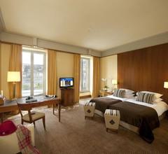 Beau Rivage Hotel 1