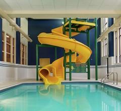 Hampton Inn & Suites By Hilton Langley-Surrey 2