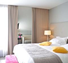 Hotel De L'Universite 2