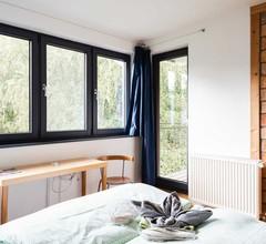 Doppelzimmer für 2 Personen (13 Quadratmeter) in Neustrelitz 1