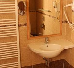 Hotel Zlatá Včela 1