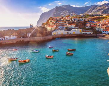 Madeira– Naturschauspiel und Blumeninsel mit ewigem Frühling